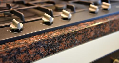 Keuken Drachten Quooker : pits gasfornuis met schouw op maat