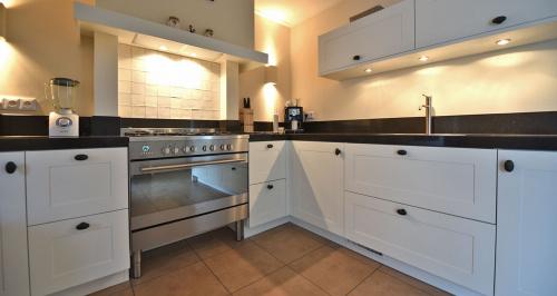 Witte keuken landelijk beste inspiratie voor huis ontwerp - Ontwerp witte keukens ...