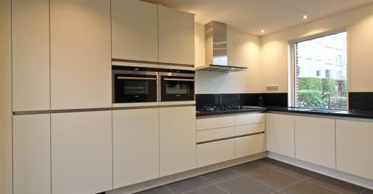 Greeploze Keuken Magnolia : Projecten Inhuis Keukens